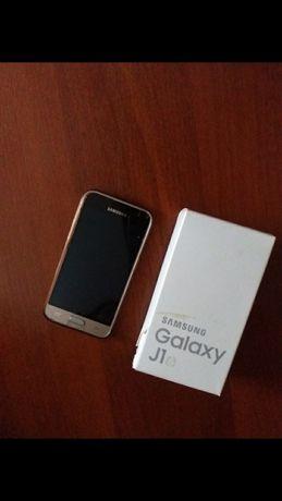 Срочно Телефон Samsung j1 2016