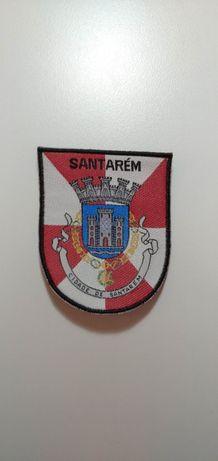 Emblemas académicos de cidades e outros