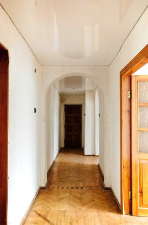 3-х комнатная квартира на Таирова (своя)