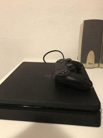 PS4 Slim como nova