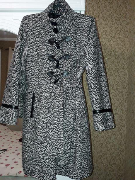 пальто  демисезонное (Италия)