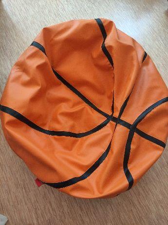 Siedzisko w kształcie piłki do koszykówki
