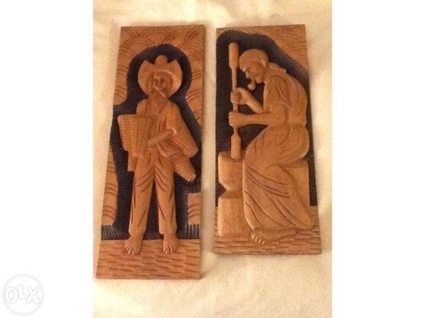 QUADRO/ESCULTURA em madeira maciça