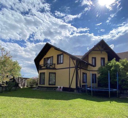 Уникальный дом-дуплекс с ремонтом ! 6 соток земли !
