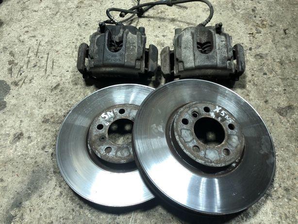 Передние Тормоза 4.8 is BMW X5 Е53 Тормозные диски Суппорта БМВ Х5 Е53