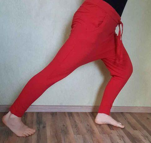 Алладины, зуавы, афгани, штаны для йоги, красные штаны