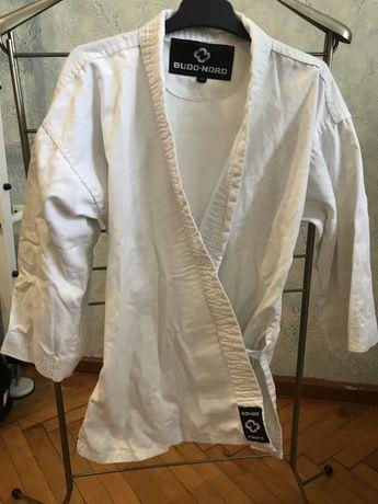Кимоно Budo-nord 140 и перчатки для тыквандо
