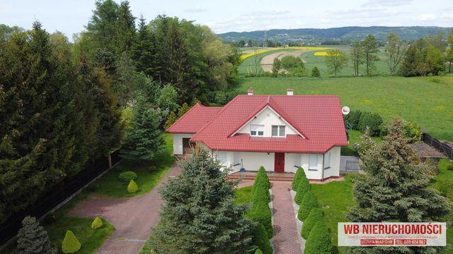Duży dom w spokojnej okolicy Krosna, 27 arów działki