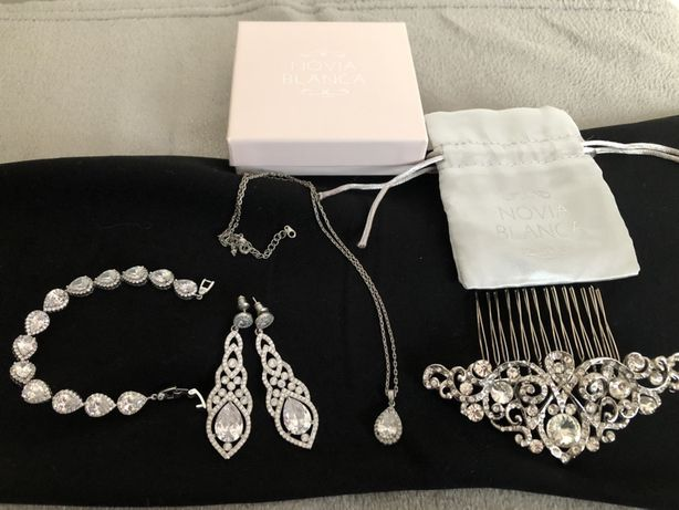 Zestaw biżuterii Novia Blanca kolczyki naszyjnik bransoletka spinka
