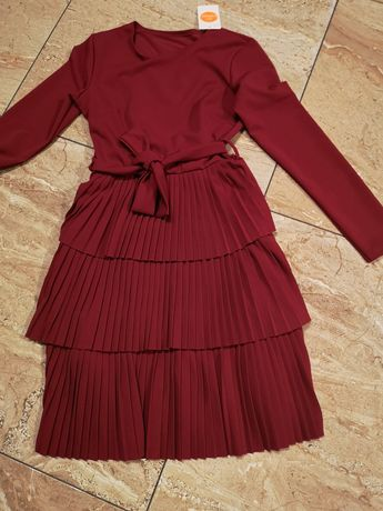 Nowa sukienka bordo