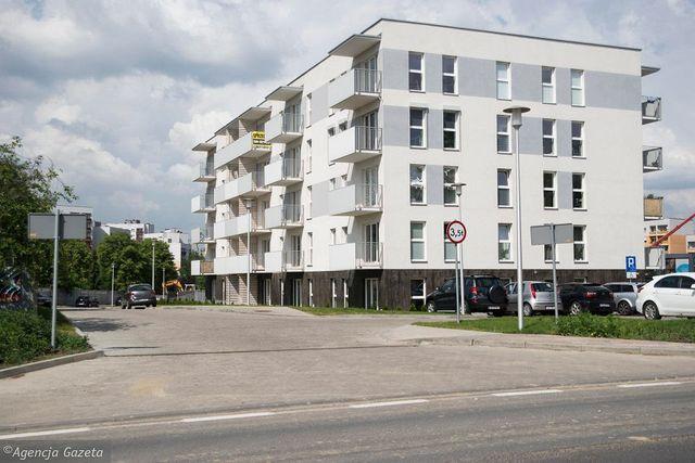 Wynajme miejsca w garazu podziemnym w Katowicach ul. Bazantow 22