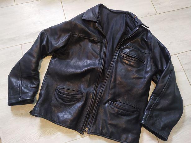 Męska czarna kurtka skórzana