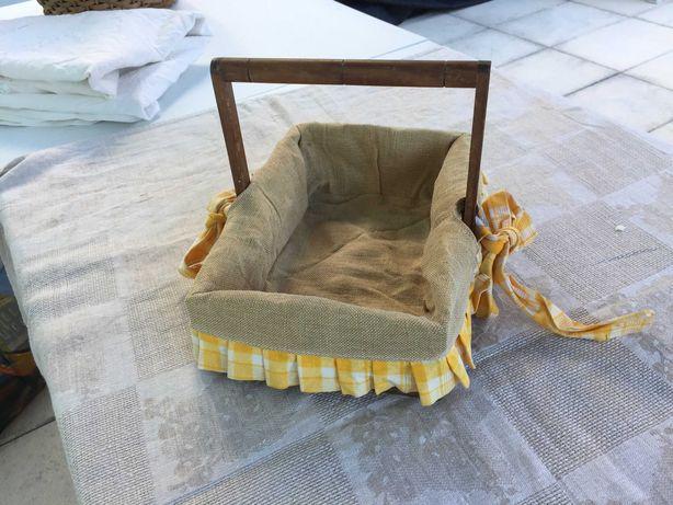 Caixa em madeira para centro de mesa ou arrumação