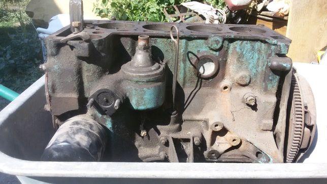 продам двигатель на ВАЗ 2101