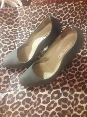 Туфли женские серые на высоком каблуке Италия 39 40 Genuine leather