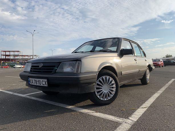 Opel Ascona продам опель аскона 1.8