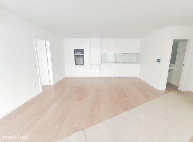 Apartamento T1 Novo localizado na Beira-Mar