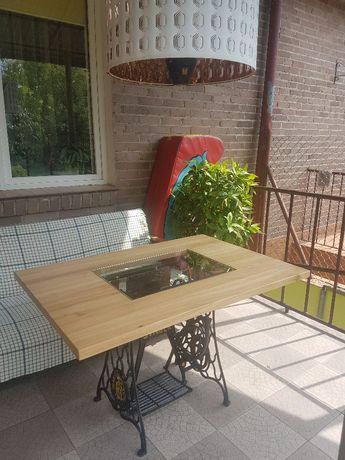 Stolik dekoracyjny z maszyny do szycia: taras, do ogrodu, restauracji