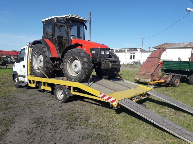Ursus Zetor Ferguson MTZ ciągnik rolniczy  Złoczew laweta transport