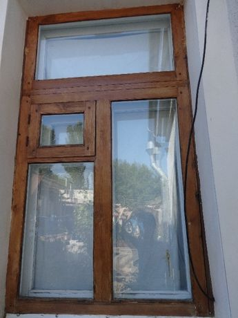 Окно деревянное б/у