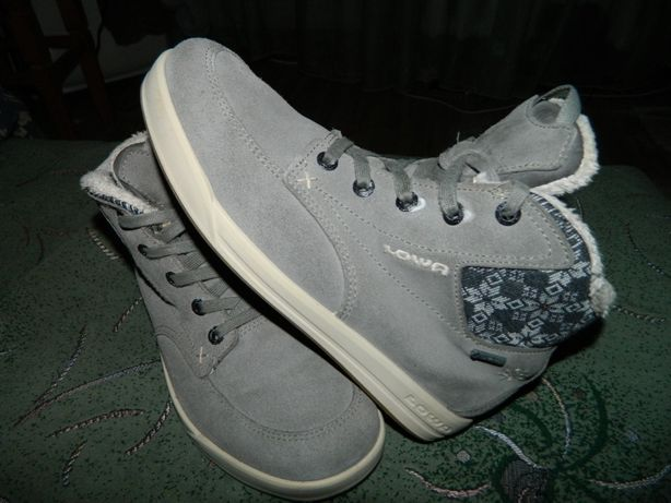 Ботинки кожаные LOWA Gore-tex (оригинал) размер-38 стелька-24,5см
