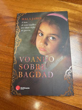 """Livro """" Voando sobre Bagdad"""" de Hala Jaber"""