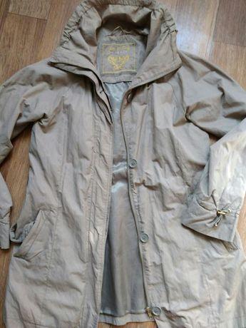 Куртка,курточка,ветровка,трэнч р.52 большой размер!