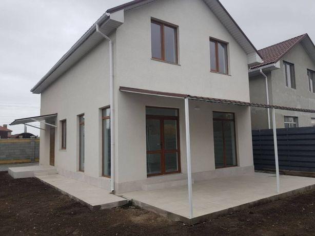 Продам мансардный двухэтажный дом в Лесках