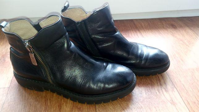 Кожаные весенние ботиночки