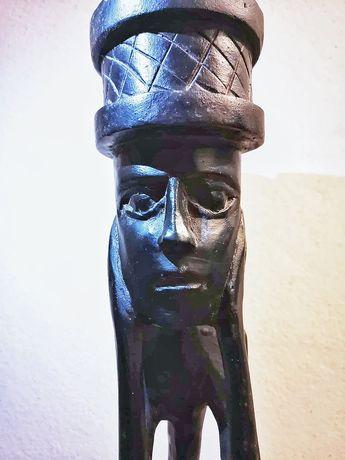 Escultura Africana em madeira