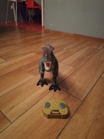 Dinozaur sterowany, stan idealny