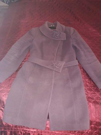 Продам пальто весна-осень 46р.