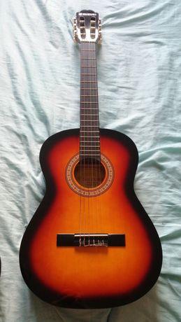 Nowa gitara klasyczna Suzuki 3/4