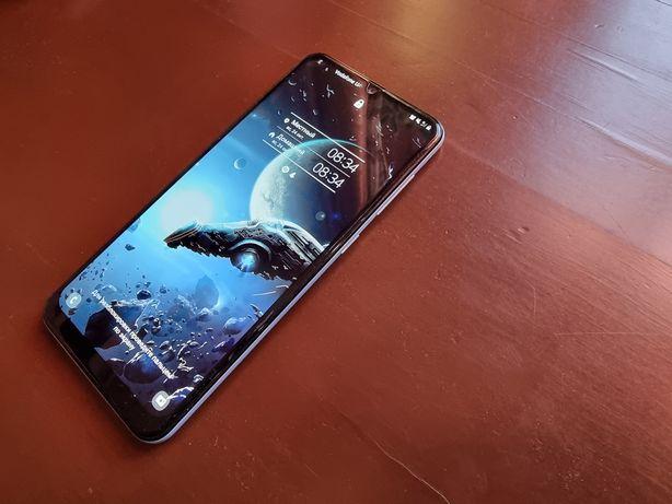 Samsung Galaxy A50 продам в отличном состоянии, вся комплектация