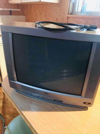 Sprzedam telewizor LG 23'
