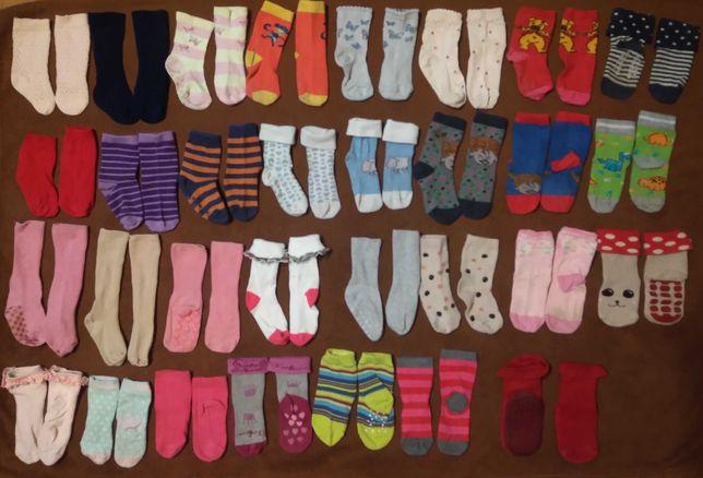 Skarpetki 19-22/80-98 dla dziewczynki 1-3 latka (31 par) + rękawiczki