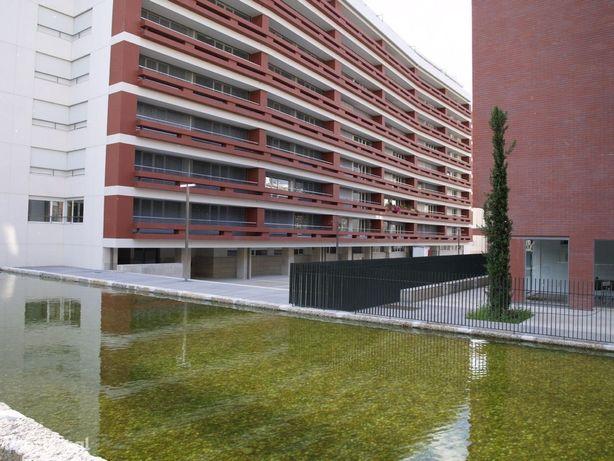 Fantástico Apartamento no Condomínio Vilas Flor Alameda