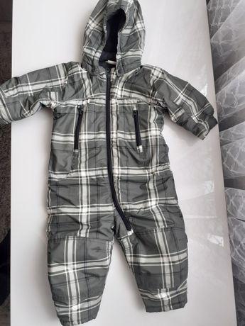 Zielony kombinezon zimowy H&M dla chłopca.rozm. 80 cm