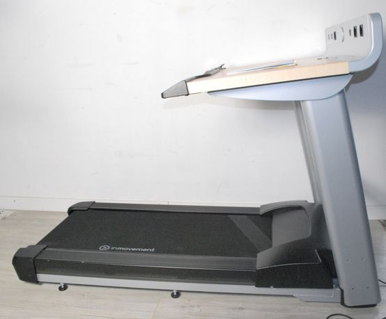 LIFE FITNESS profesjonalna bieżnia z biurkiem do 158kg !!!
