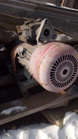 Двигатели 2,2-22 квт