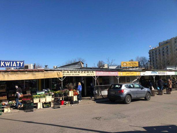 Sprzedam lokal użytkowy 9m2 na targowisku przy ul.Broniewskiego