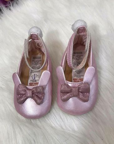 Пинетки, пінетки,туфельки нарядні на дівчинку