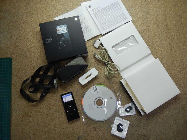 iPod nano 4Gb первое поколение.