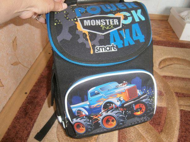 Рюкзак хлопчик 1 клас