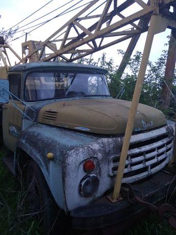 Автокран ЗИЛ 130, требует ремонта