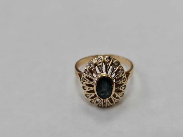 Piękny złoty pierścionek damski/ 585/ 3.49 gram/ R12/ Cyrkonie