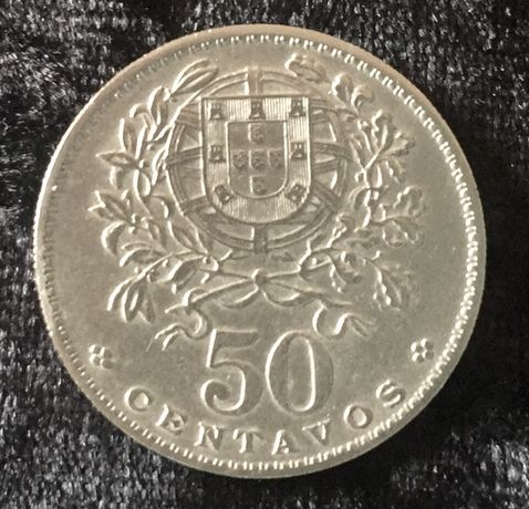 Numismática, 2 moedas de 50 centavos