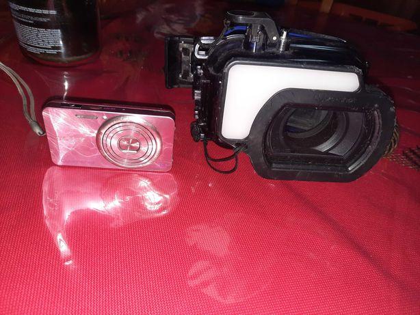Caixa estanque mais maquina fotografica