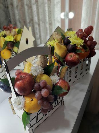 Композиция, букет из фруктов, овощей и другое