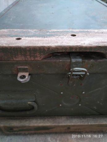 Металеві ящики для джипів на  багажник.